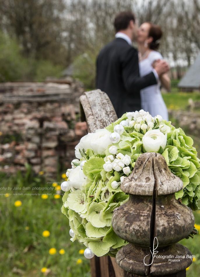 Hochzeit Wildkräuterhotel Ehmkendorf - Hochzeitsfotografie Jana Bath Rostock