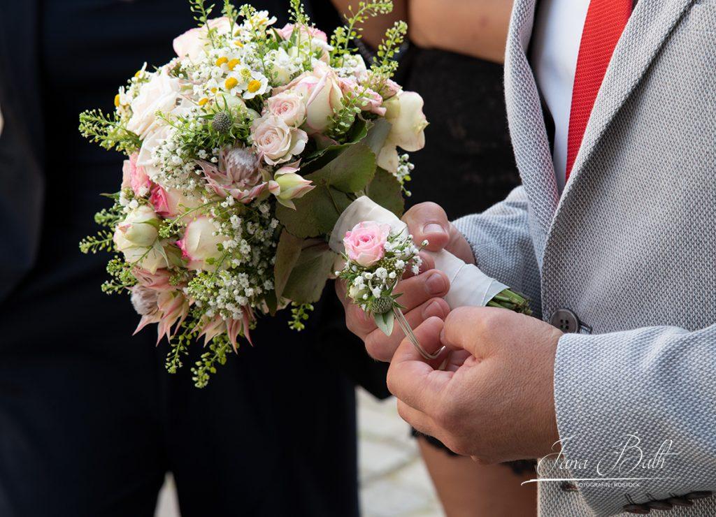 Bräutigam vor der Trauung, Hochzeit, Jana Bath