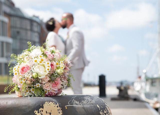 Hochzeit im Rostocker Stadthafen - Hochzeitsfotografin Jana Bath