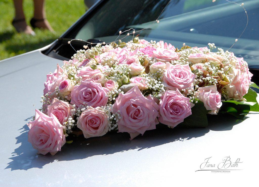 Brautauto, Blütenherz, Foto Jana Bath