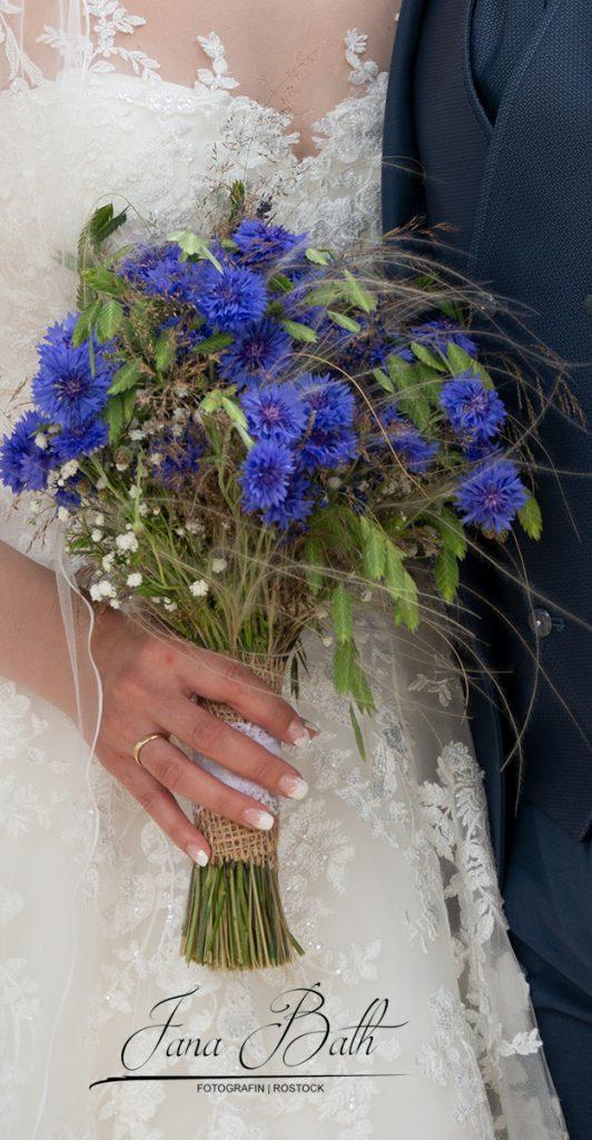 Brautfloristik, Hochzeitsstrauss, Wiesenstrauss, Jana Bath